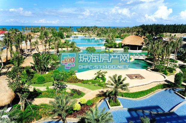 亚洲湾项目社区景观借鉴了东南亚 环岛运河水系景观带、五星级酒店